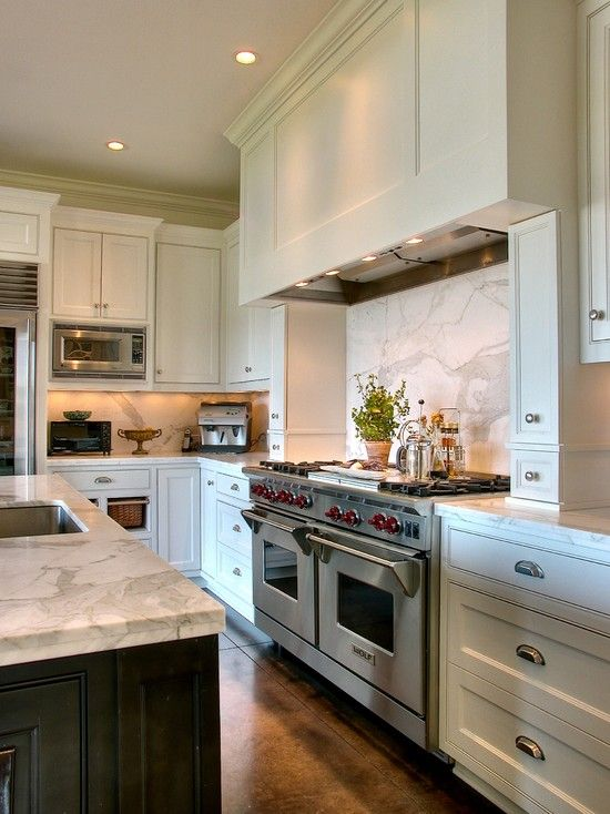 Saving Space 15 Ways Of Mounting Microwave In Upper Cabinets Kitchen Hood Design Kitchen Design Kitchen Hoods