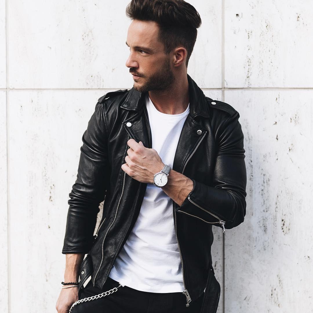Simplr • Instagram model magic_fox in a black leather biker.