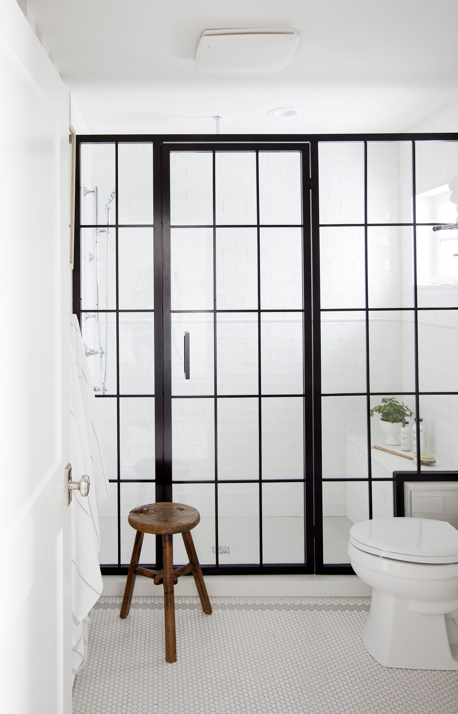 Black Frame Shower | Spare Bathroom Inspiration #Bathroomideas ...