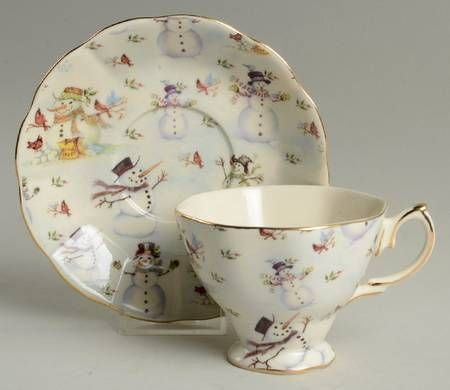 Footed Cup & Saucer Set