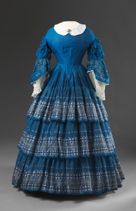 Dress, Le Havre, France: circa late 1850s, wool and silk, satin lining, boning.