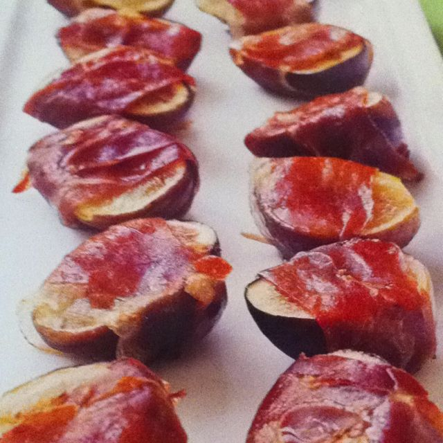 Ina's Roasted Figs and Prosciutto