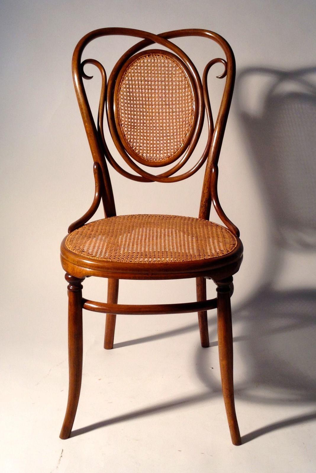 Details zu orginaler thonet stuhl nr 22 restauriert for Schmaler hoher beistelltisch