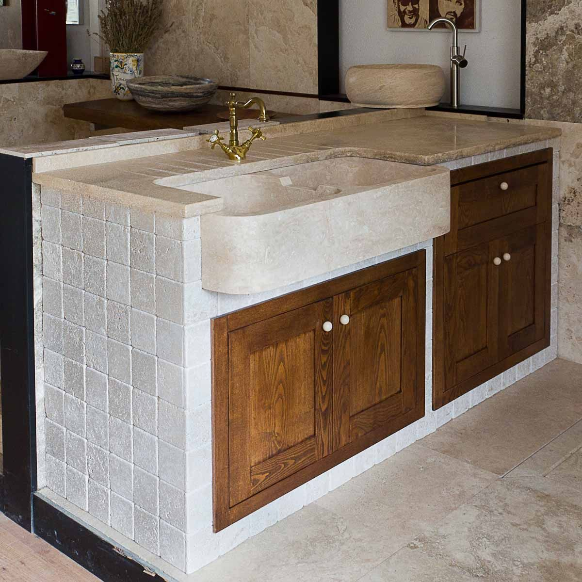 Nel catalogo di lavabi da cucina di Pietre di Rapolano troverete ...