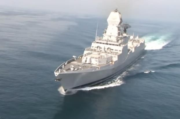 Indian Navy Will Receive New Stealth Destroyer Ins Kochi Which Will Be Commissioned This Month By Defence Minister Manohar Parrik Indian Navy Navy Ships Navy