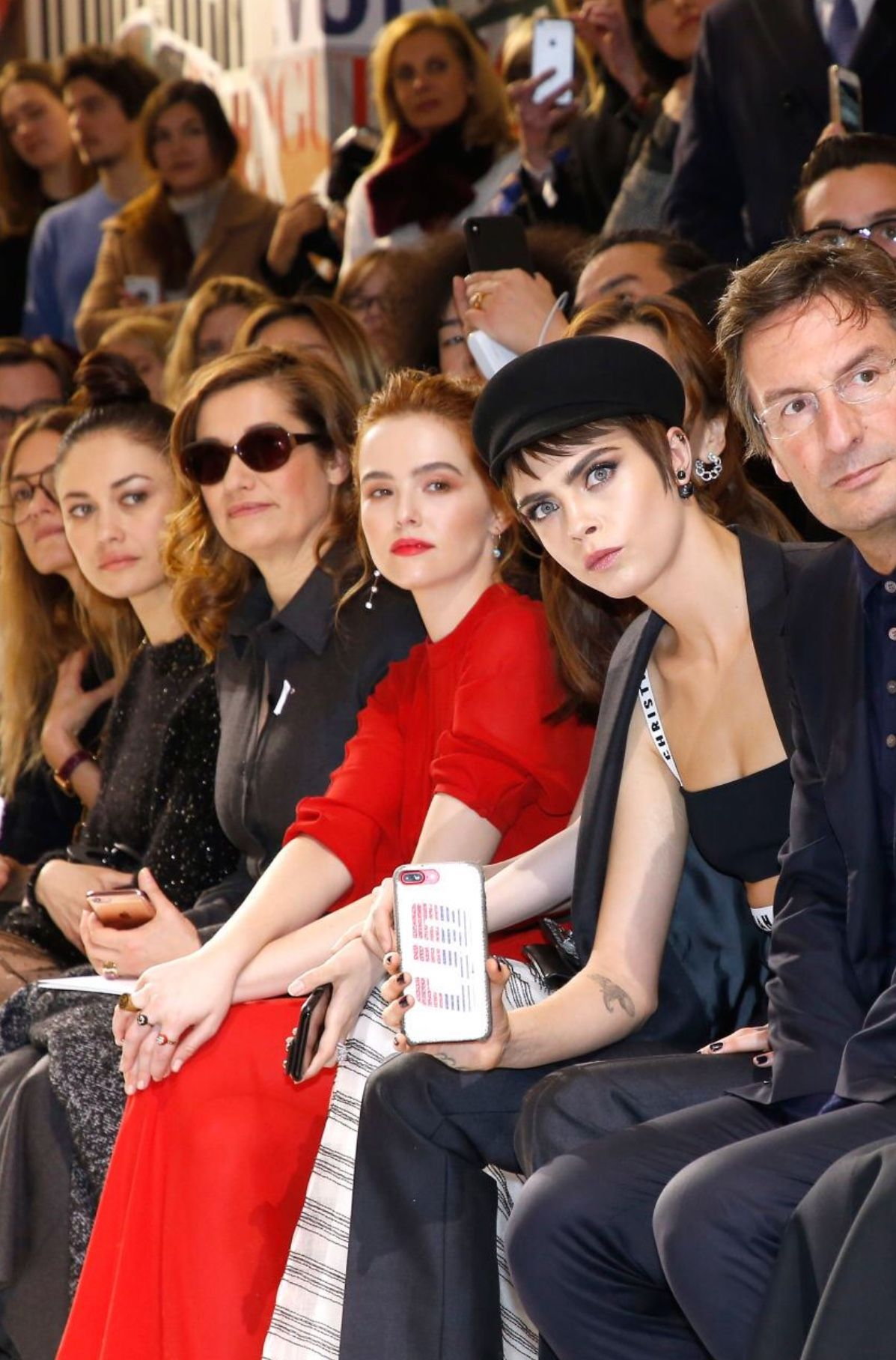 Paris Fashion Week Womenswear Fall Winter 2018 2019 Dior February 27 033 Photogallery At Zoey Deutch Network Cara Delevingne 2018 Cara Delevingne Cara