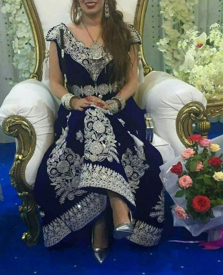 Idée par Pipou Poup sur الباس التقليدي   Robe constantinoise, Tenue traditionnelle, Robe tunisienne