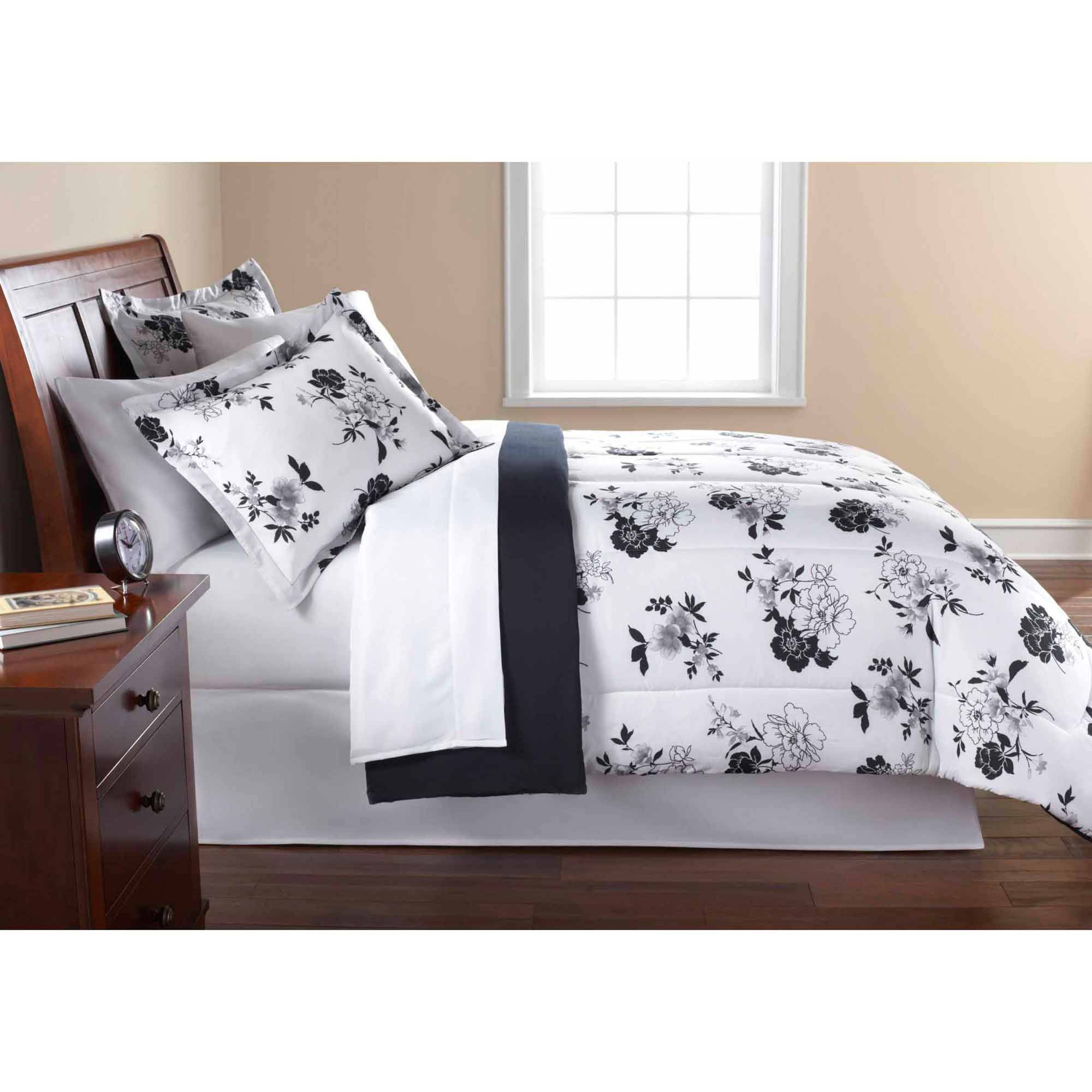 Mainstays Black and White Floral Bed in a Bag Bedding forter Set