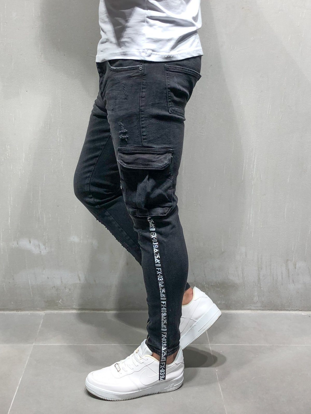 f1c5cb88cff Distressed Cargo Jeans Ankle Zipper - Black in 2019 | Jeans | Cargo ...