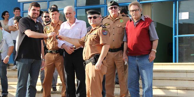 Comunidade de Jacarezinho e S. A. da Platina recebem novas viaturas - http://projac.com.br/policial/comunidade-de-jacarezinho-e-s-a-da-platina-recebem-novas-viaturas.html