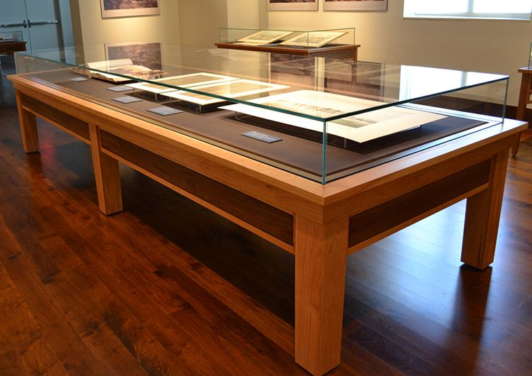zone display cases - products - table cases - museum quality display