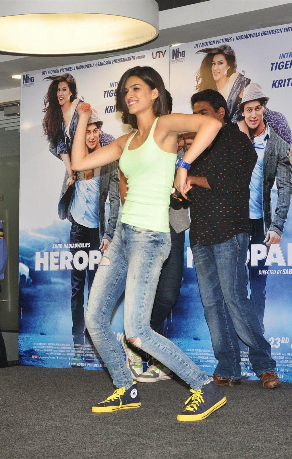 Kriti Sanon Looks Super Sexy In Tight Jeans and Green Figure ...