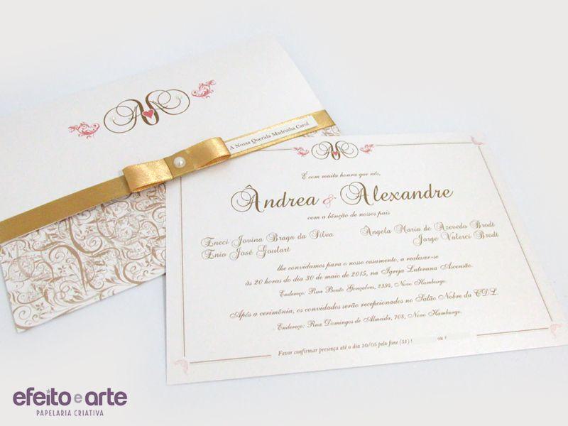 Convite para casamento clássico chique em dourado e branco, com laço chanel e pérola. Modelo Versalhes. Orçamentos e pedidos pelo e-mail contato@efeitoearte.com.br