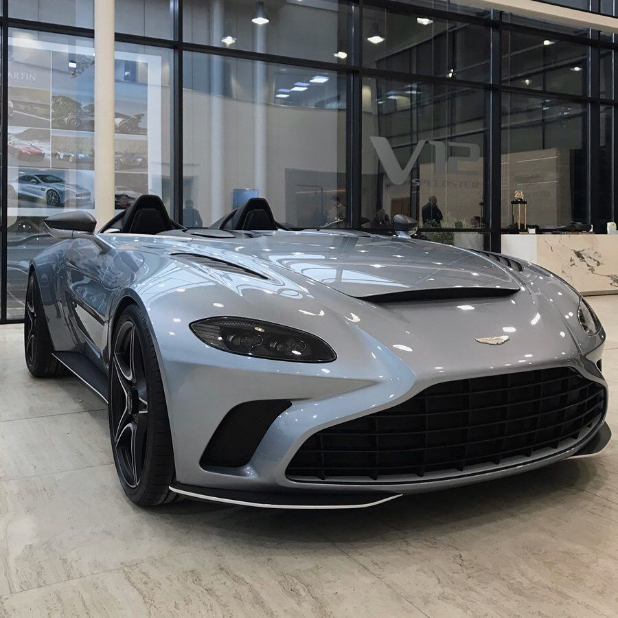 The Inside Outside Man On Instagram The Aston Martin V12 Speedster Skyfall Silver With White Graphics Aston Martin V12 Aston Martin Aston Martin Vantage