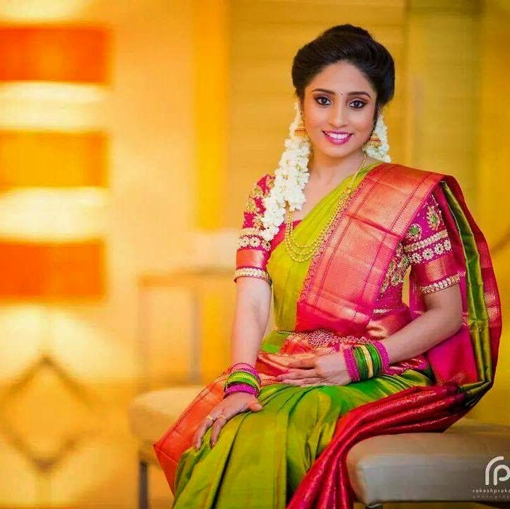 7f4f5488dd Traditional Southern Indian bride wearing bridal silk saree, jewellery and  hairstyle. #IndianBridalMakeup #IndianBridalFashion