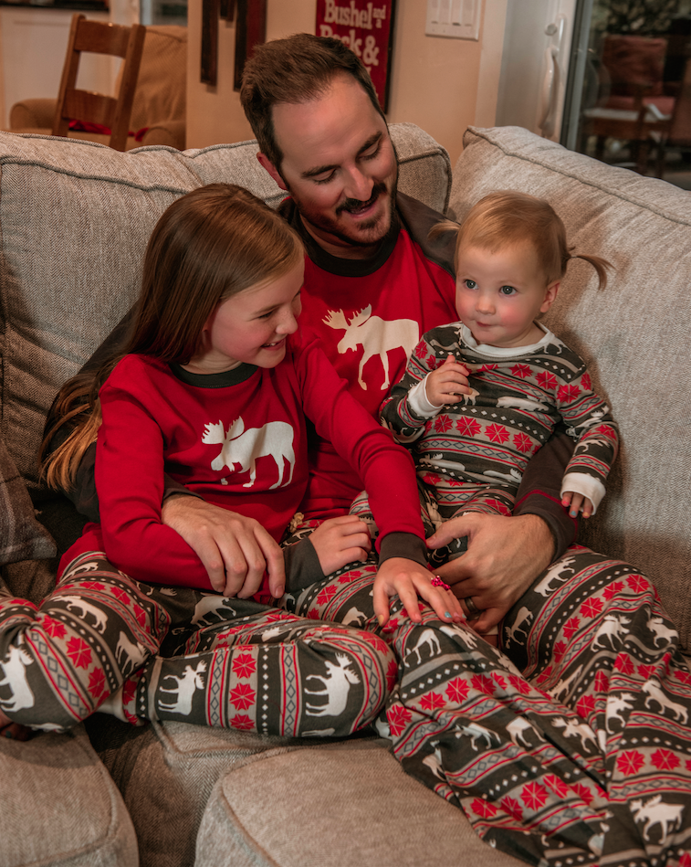 04926a58d Family Matching pajamas are a great way to bond with your kids ...