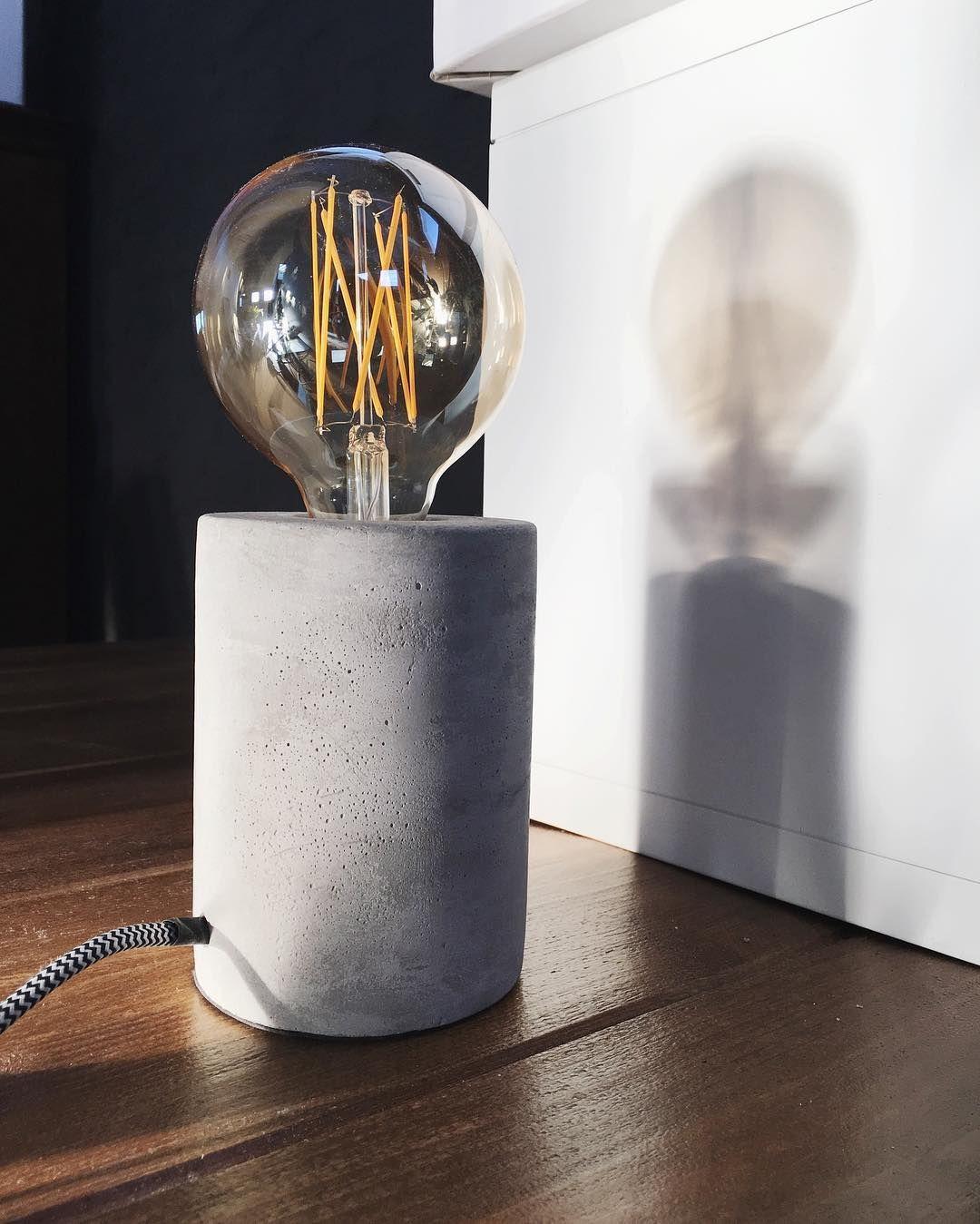kwantuminhuis Tafellamp CHARIS > https://www.kwantum.nl/verlichting ...