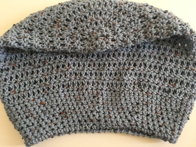 How to Crochet a Slouchy Beanie: Free Slouchy Crochet Hat Pattern ...