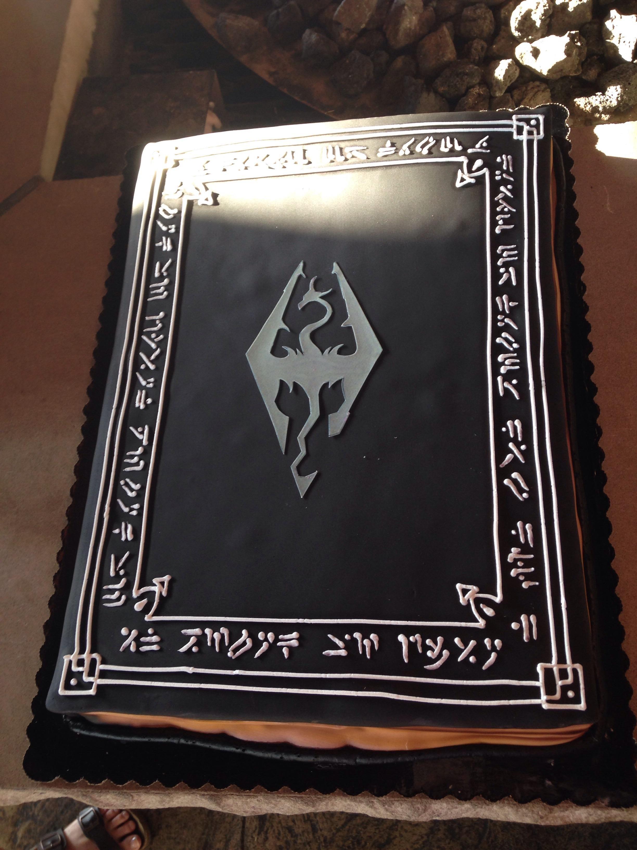 Skyrim book birthday cake games Skyrim elderscrolls BE3 gaming