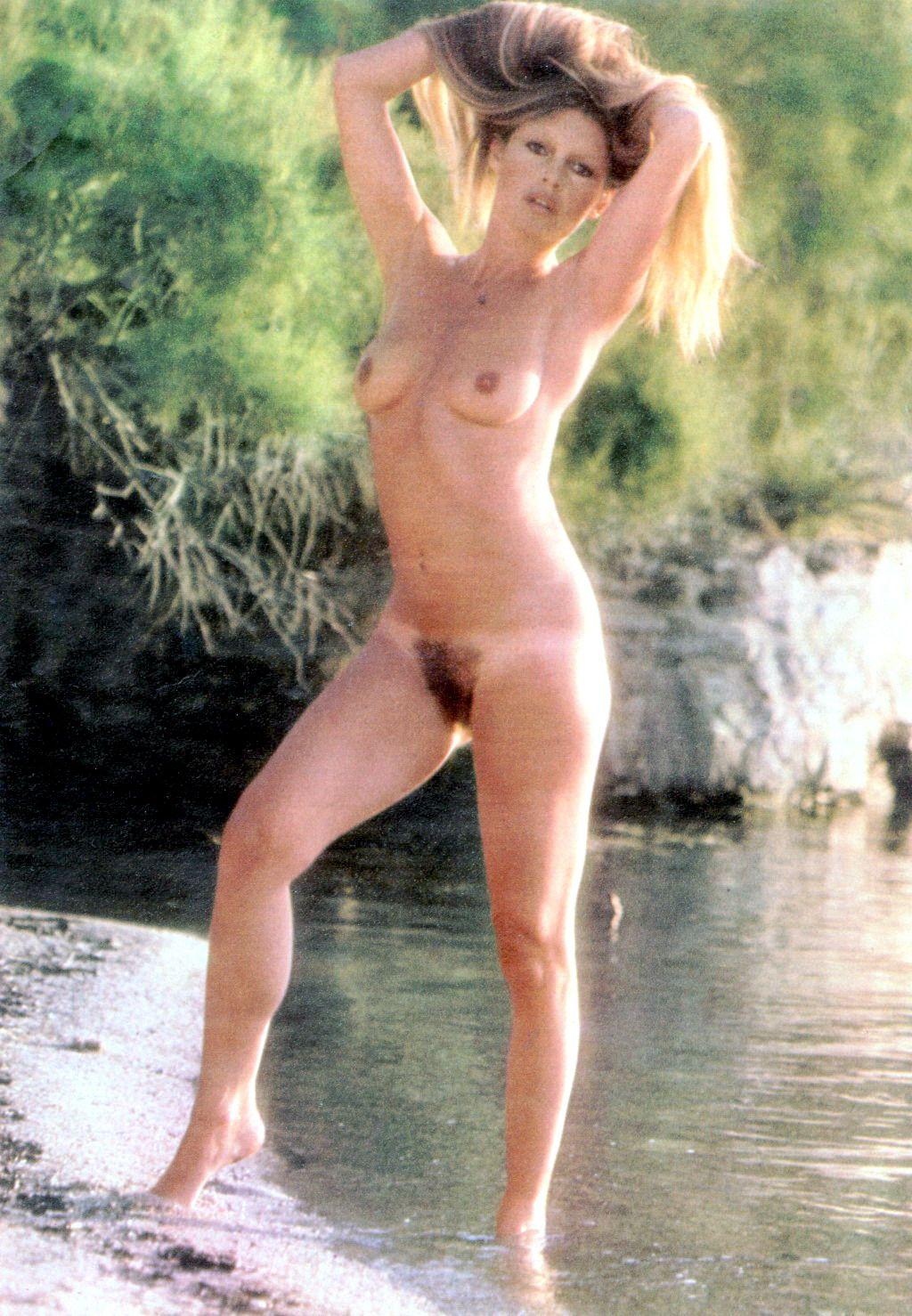 Latina milf big tits teacher HQ Porno free image
