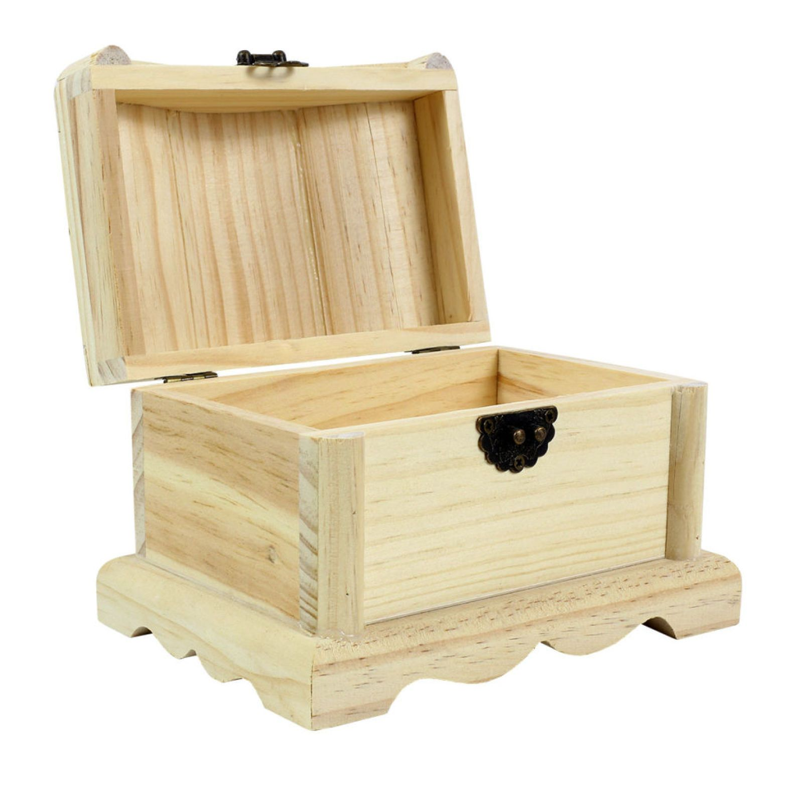 Wood Treasure Chest By Artminds With Images Wood Crafts Wood Treasure Chest