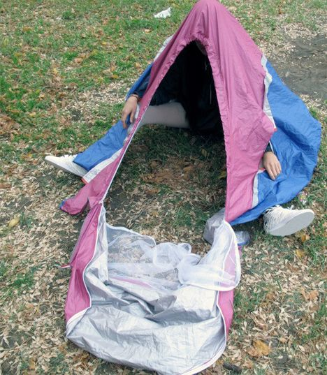 Walking Shelter Sneakers Expand Into Human-Frame Tent & Walking Shelter: Sneakers Expand Into Human-Frame Tent | Seeders ...