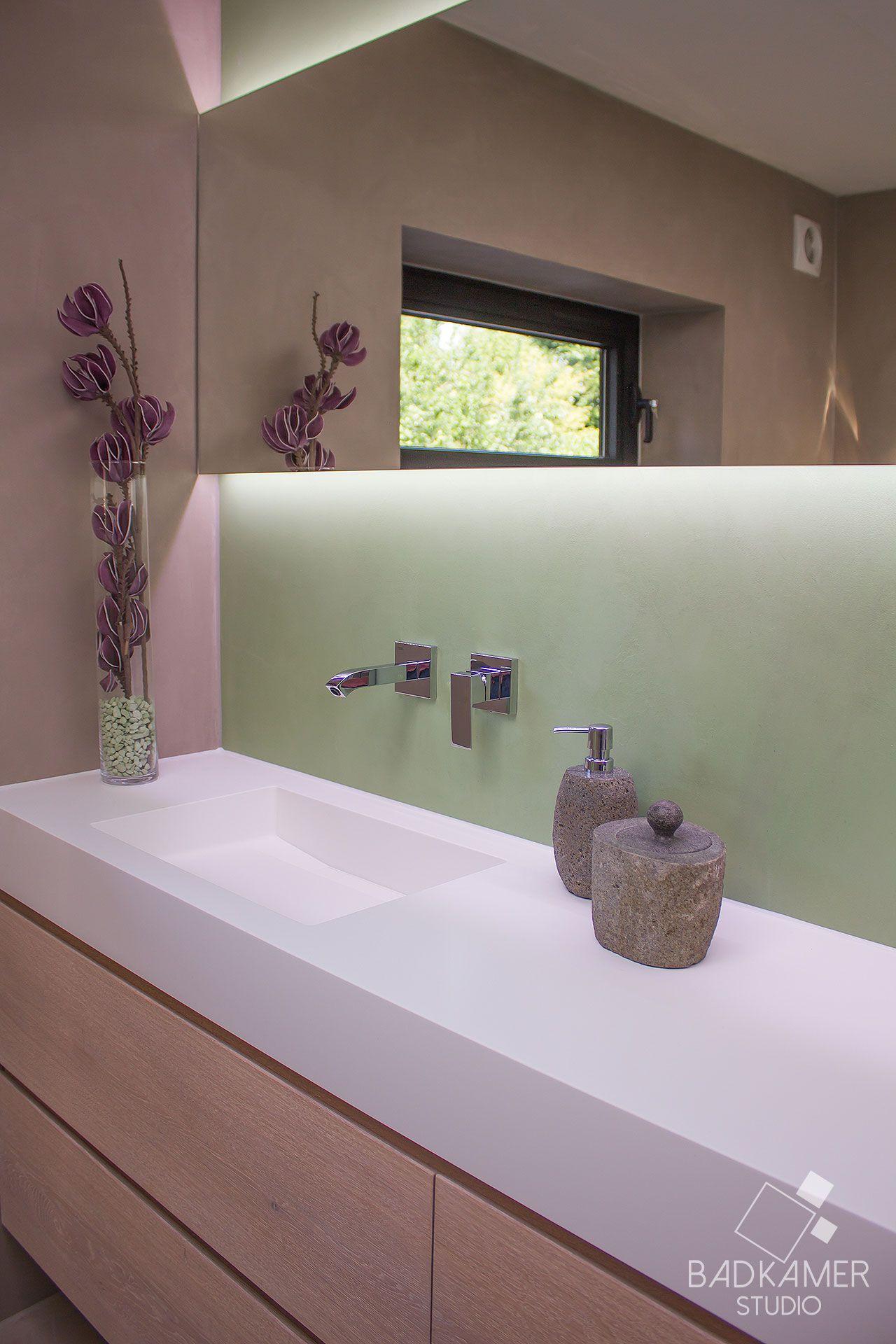 betonlook badkamer met beton cirà maatwerk massief eiken