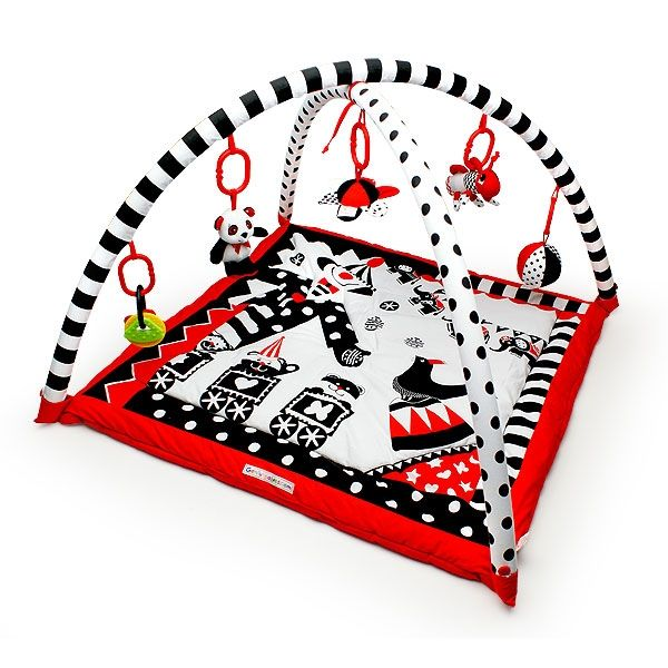 Black White Red 3d Activity Playmat Gym By Genius Baby Toys The 3 D Award Winning Portable Washable Gym Baby Genius Toys Black And White Baby Baby Toys