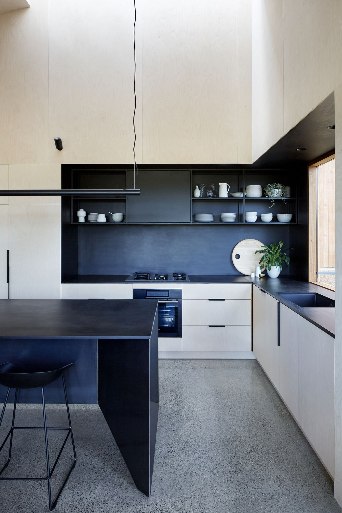 Gallery of Two Halves House by Moloney Architects | Architects ...