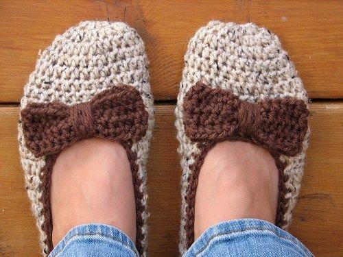 cutecrocs.com easy crochet slippers (20) #crocheting | Crocheting ...