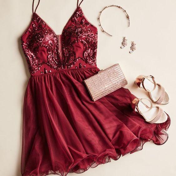 Chic A-Line V Neck Spaghetti Straps Open Back Burgundy Homecoming Dresses,Short Prom Dresses - #Alin...