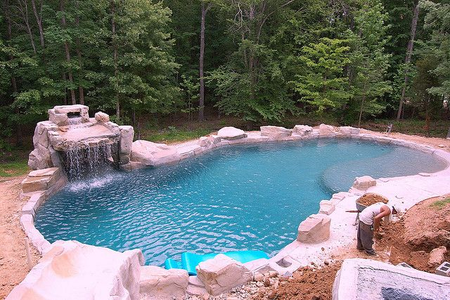 Rico Rock Pool With Small Cave And Waterfall Pool Patio Swimming Pool Spa Outdoor Water Features
