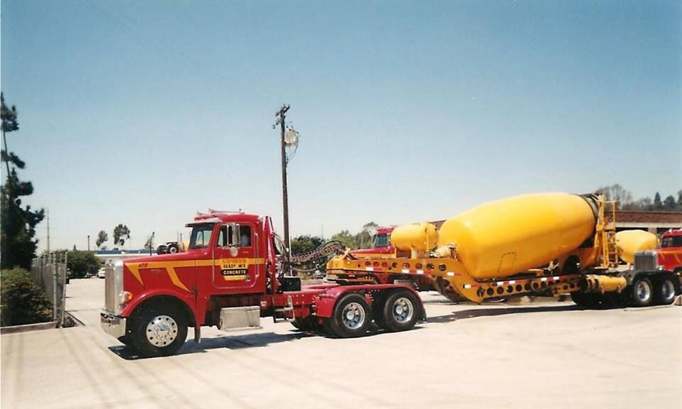 Mixer Semi Tractor Trailer With Images Cement Mixer Truck