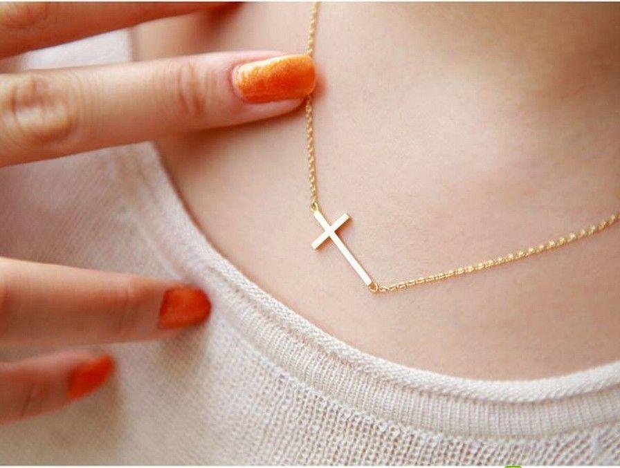 90ee628a9436 como se llaman los collares con la cruz - Buscar con Google