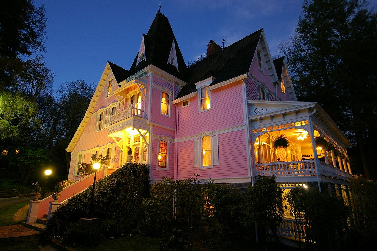 Historic Bed and Breakfast in Asheville, North Carolina