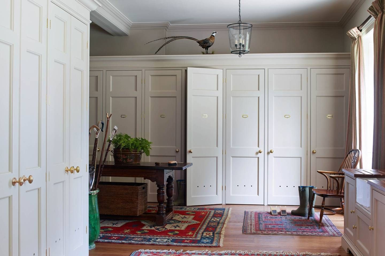 Cupboard design idea in a boot room bedroomcupboarddesigns luxury