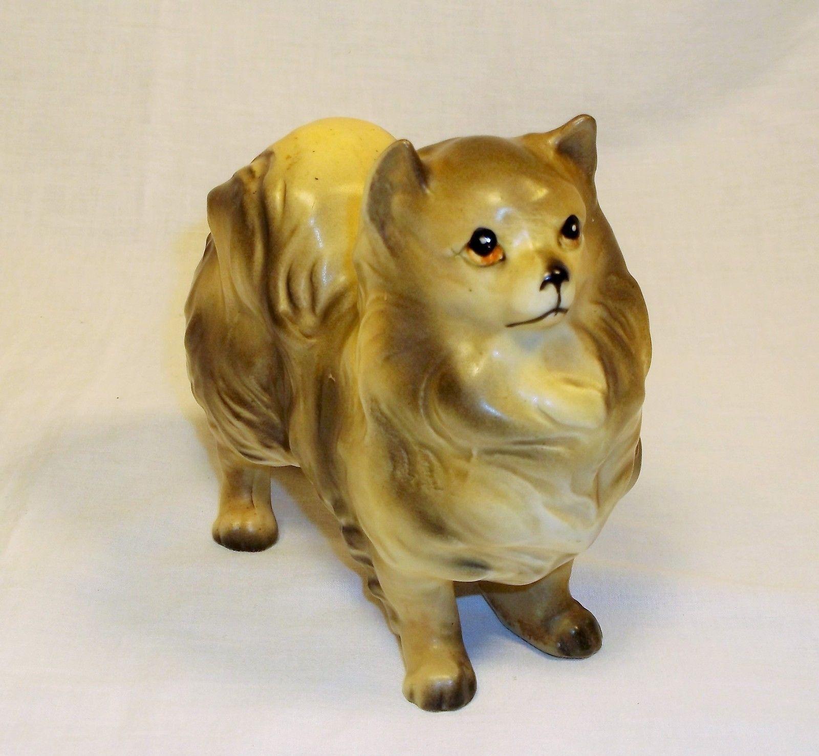 Vintage Pomeranian Ceramic Figurine Dog Figure Statue Pomeranian