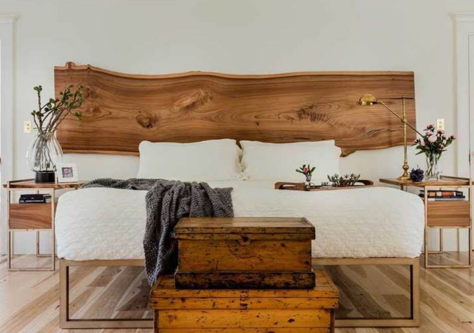 Live edge wood headboard Platform bed designs, Bed