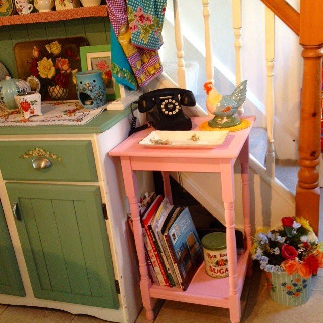 Newly painted telephone table. I do love calamine lotion pink. How is your day…