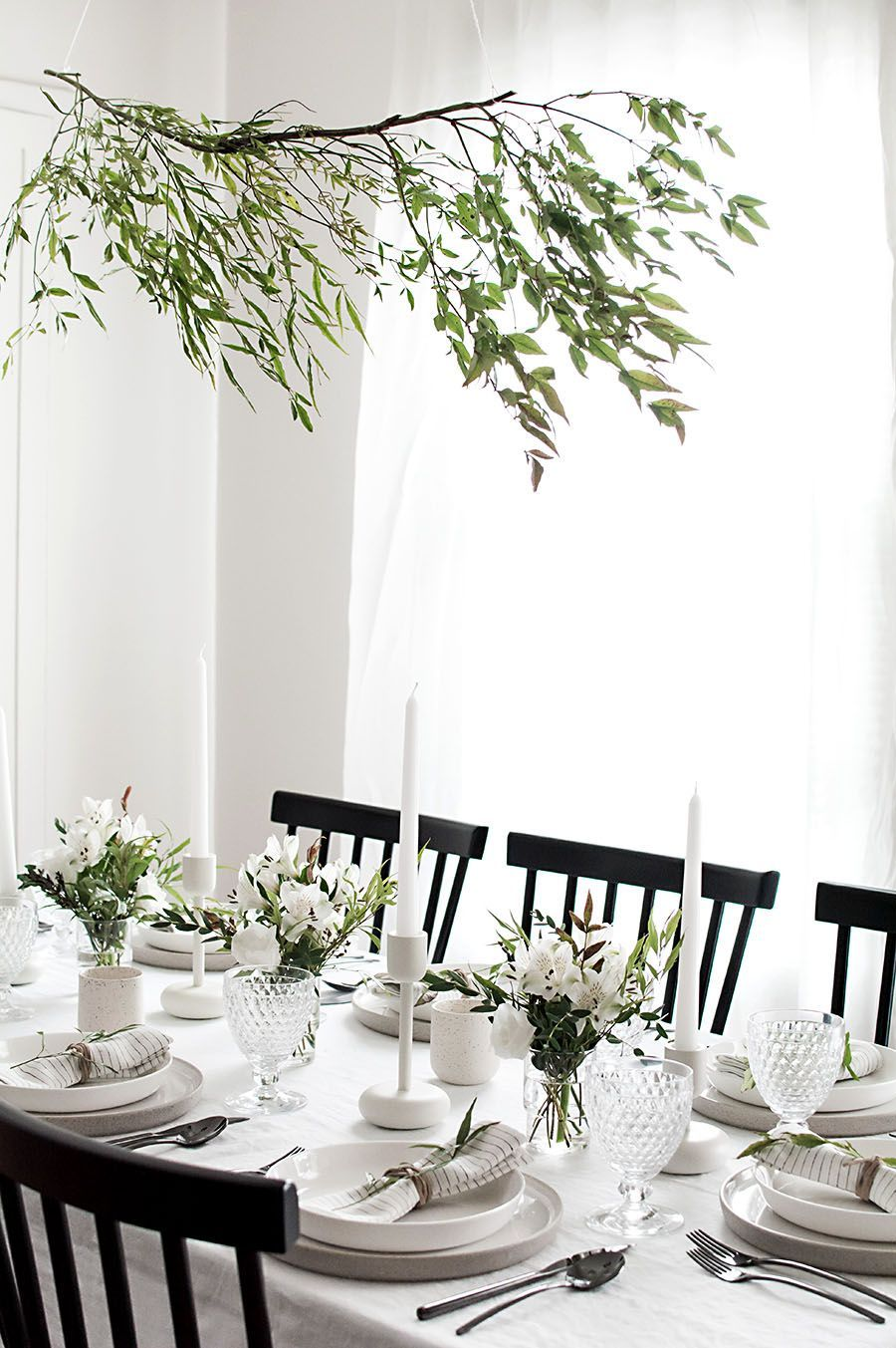 8 Ways To Stylishly Decorate Your Thanksgiving Table (The Edit ...