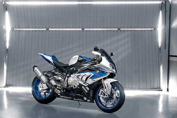 2018 2019 Bmw Hp4 High Tech Racing Bike With Images Bmw
