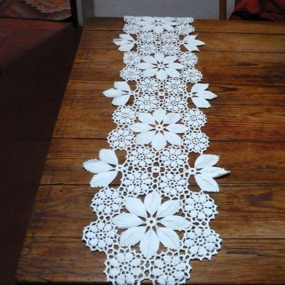 Crochet Table Runner , Vintage Portuguese Crochet Table Center ...