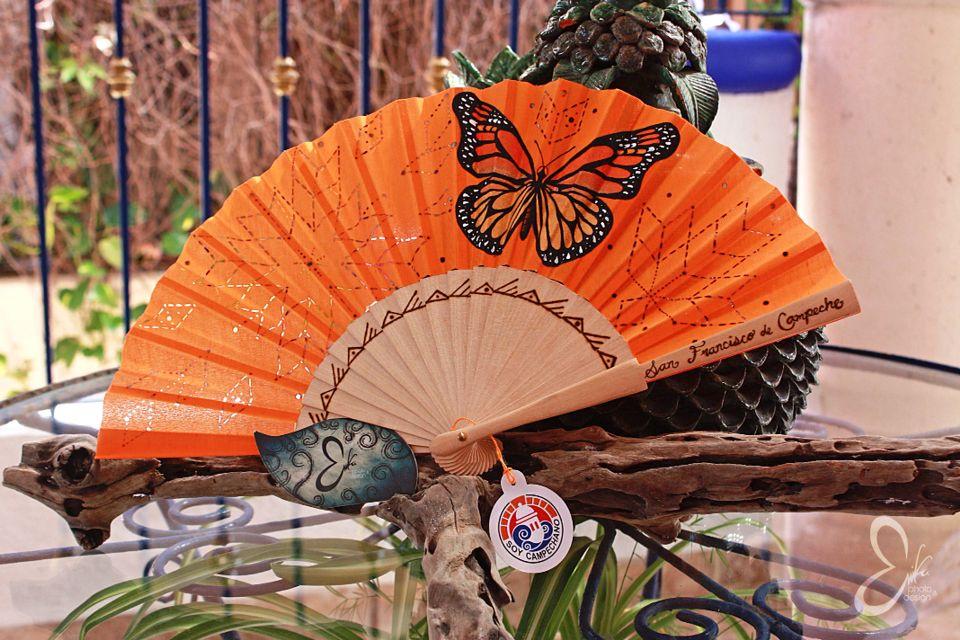 Abanico Artesanal. Mariposa Monarca, orange. Monarch Collection by Erika Zavala. Handmade, painting, pyrography, mexican design, art, handcraft, artisanal accessories.