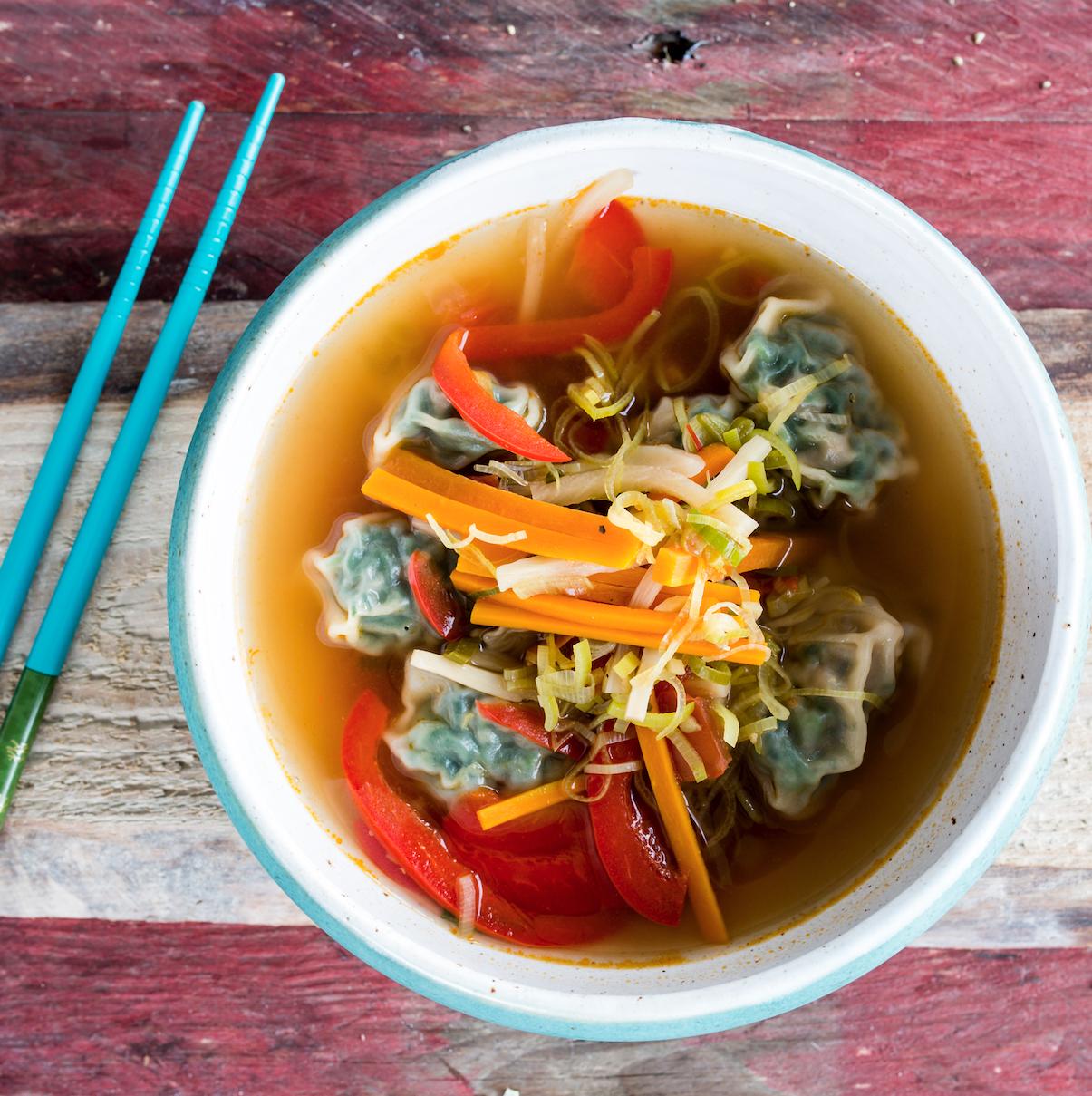 Chinesische Wan Tan Suppe
