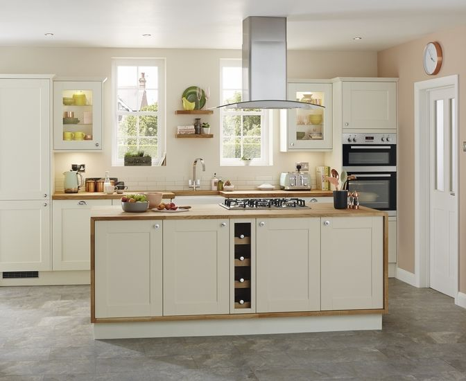 antique white shaker cabinets. fairford antique white. these kitchen cabinets feature an white shaker style door with wood w