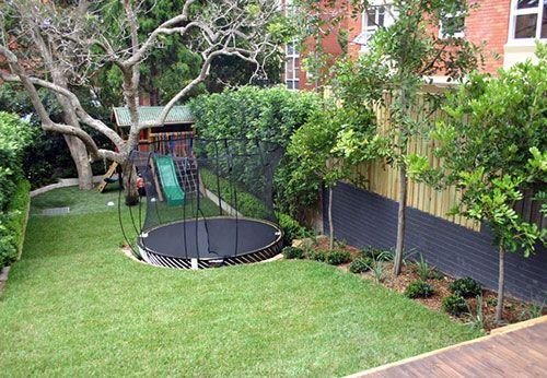 Kindvriendelijke tuin interieur inrichting tuin pinterest sunken trampoline and gardens - Tuin interieur design ...