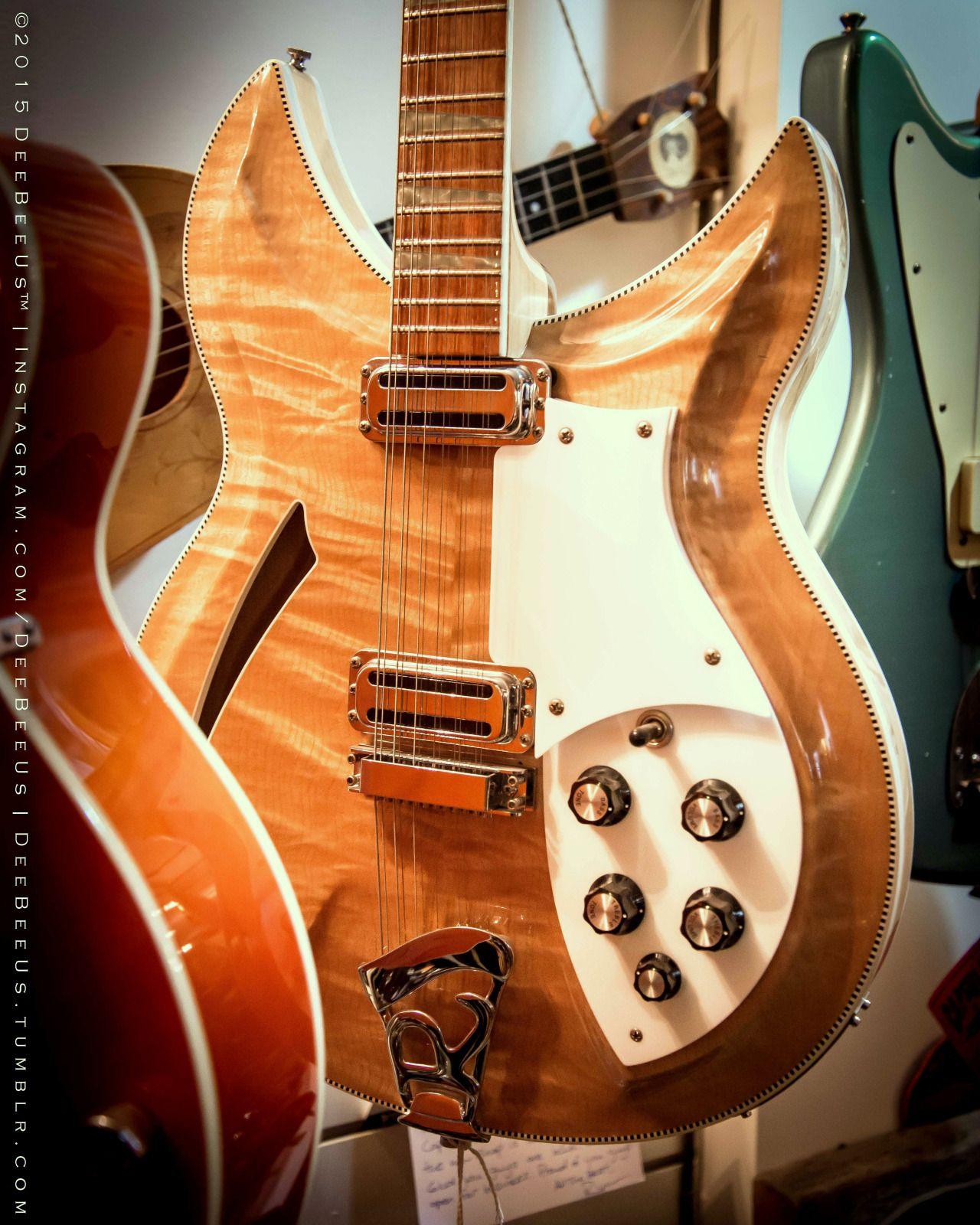 1999 Rickenbacker 381 At Capsule Music Toronto Deebeeus Beautiful Guitars Vintage Electric Guitars Cool Guitar