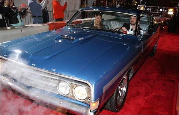 aaron paul and 68 gran torino need for speed stars arrive at premiere in