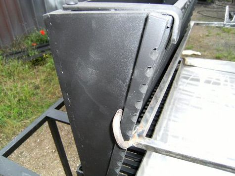 vente barbecue gril vertical bbq en fer forg fabrication fran aise la forge salers asado. Black Bedroom Furniture Sets. Home Design Ideas