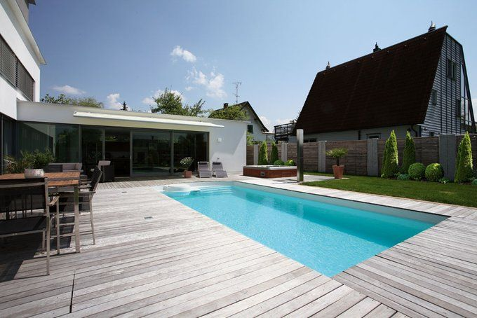 Terrasse mit pool swimmingpool pinterest gr n for Garten pool hersteller